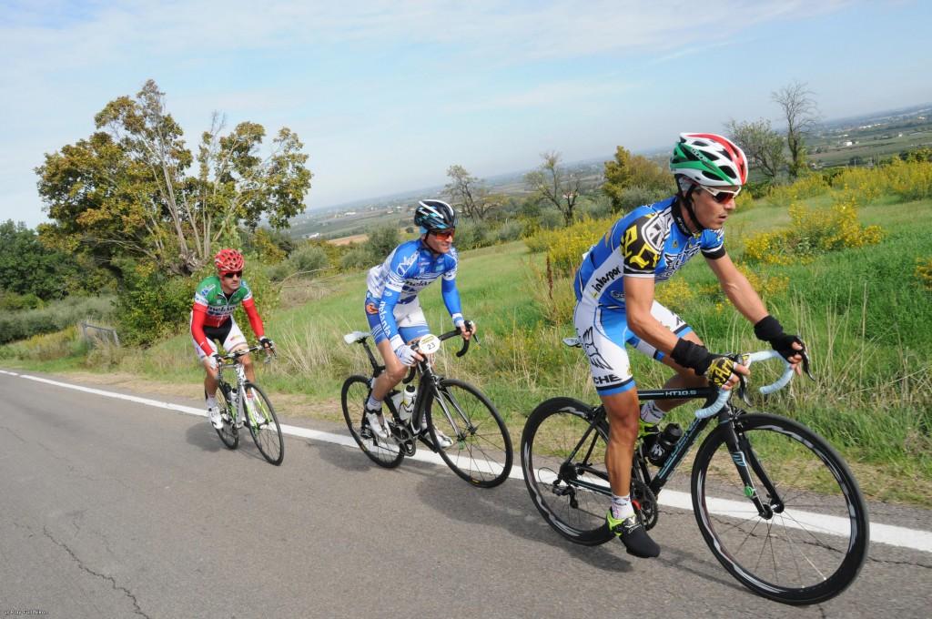 Alessandro Bertuola vince la Granfondo di Ravenna