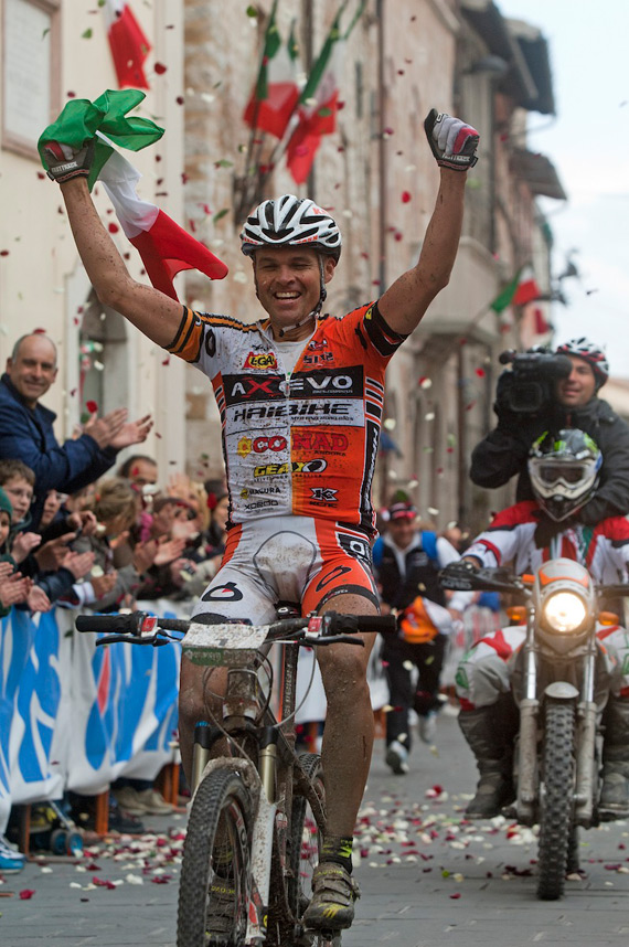 Mirko Celestino è Campione Italiano Marathon 2011