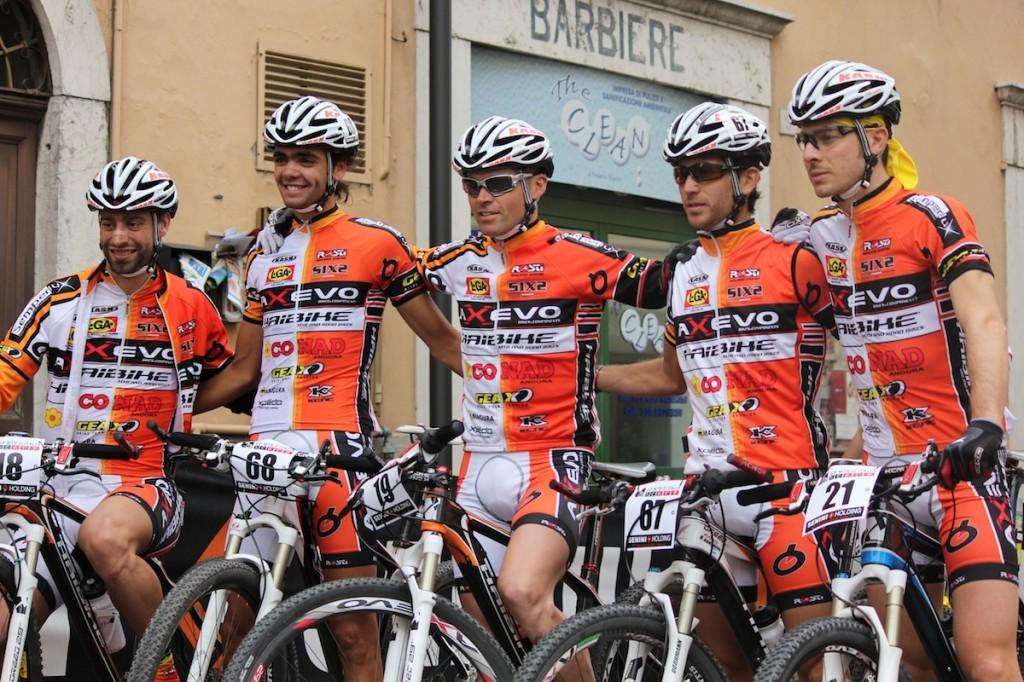 Passerella del team Axevo alla XXI X-Treme Bike