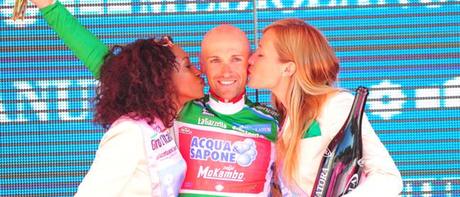 Garzelli conquista la maglia verde  del 94° Giro d'Italia
