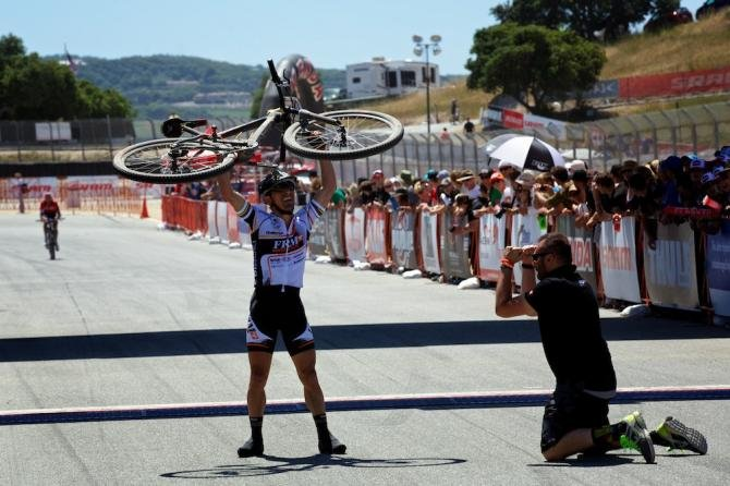Miguel Martinez vince la Sea Otter XC: il campione e' tornato davvero!
