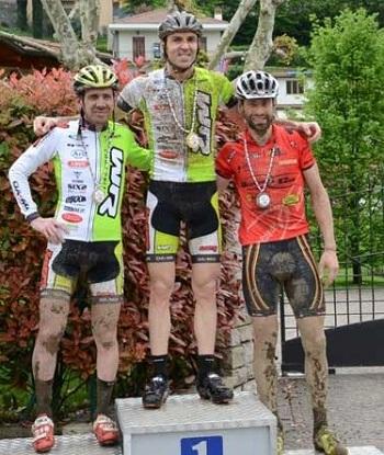 Eddy Mazzoleni: prima vittoria assoluta nella mtb con WR compositi